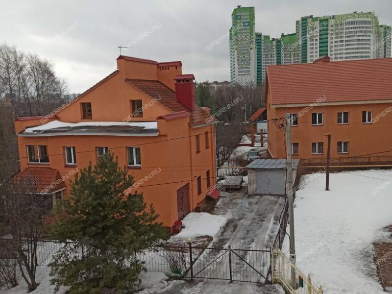 коттедж на улице Родионова