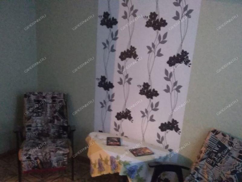 трёхкомнатная квартира на  посёлок Арзинка