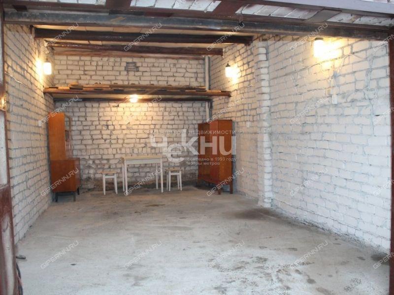 гараж на улице Бринского