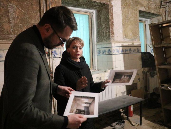 Уцелевший в пламени: чем удивил реставраторов музей Горького?
