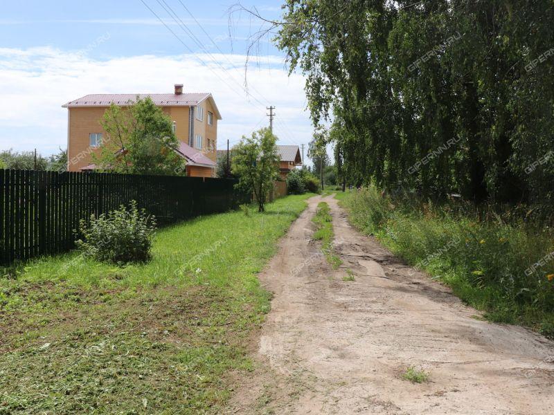дом на улице Алексеевка деревня Бурцево