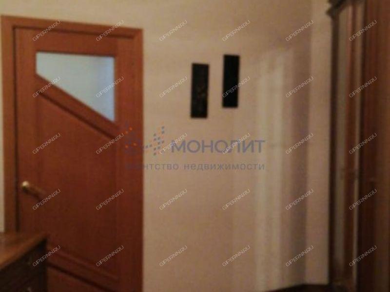 трёхкомнатная квартира на улице Краснодонцев дом 7