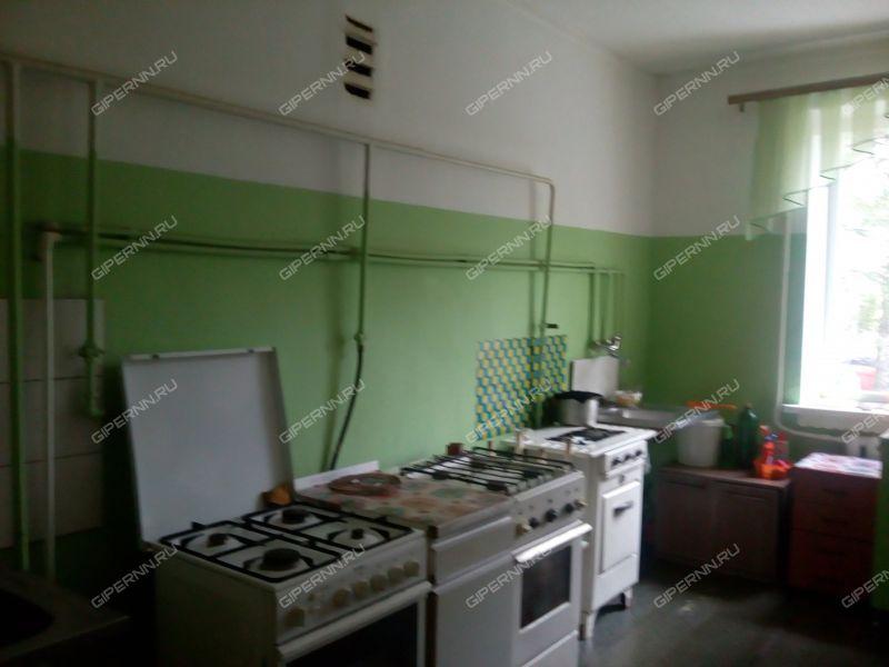 комната в доме 13 на улице Петровского