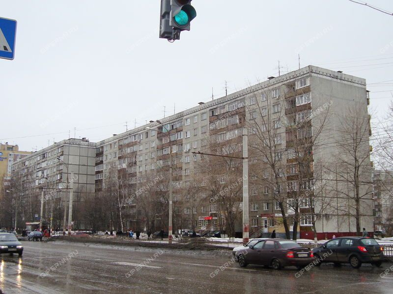 трёхкомнатная квартира на улице Краснодонцев дом 23