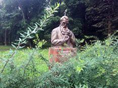 Парк имени Кулибина — место досуга или мемориальный комплекс?
