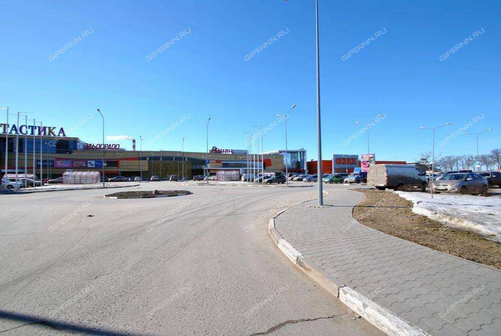 b2abf7f36f2 Торговый центр Фантастика на ул. Родионова